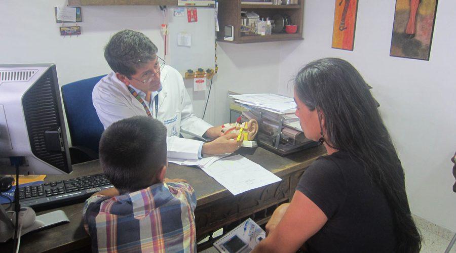 Ehrenamtliche Behandlung durch Dr. Cuello