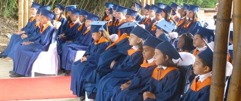 Abschlussfeier im Colegio de las Aguas