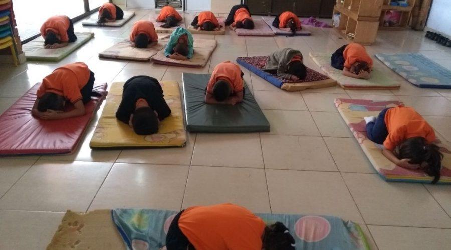 Yoga-Klassen in der Vorschule