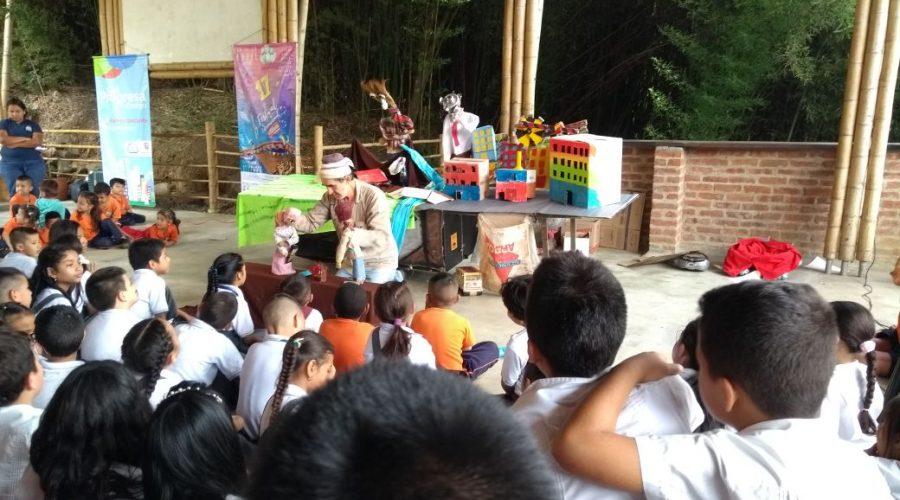 Die Bibliothek zu Gast im Colegio de las Aguas