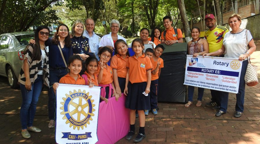 Spende des Rotary Clubs Pance