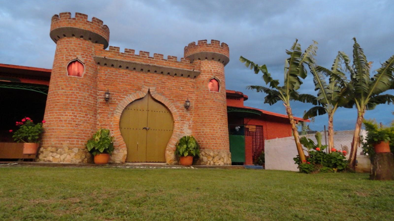 Das Schloss der Sonne und des Mondes